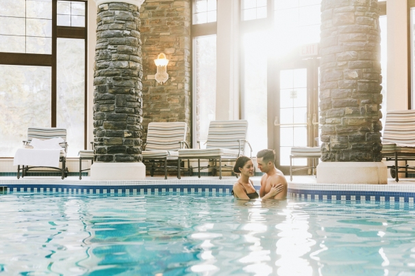 Fairmont Banff Springs - Willow Stream Spa - Mineral Pool Couple 2